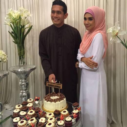 izreen azminda mengadakan majlis kesyukuran dan turut menyambut hari lahir fahrin ahmad lebih awal di casa ombak kuala lumpur semalam