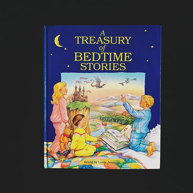 a treasury of bedtime stories retold by linda jennings hardcover used good award publications limited 1995 english 122 pages 23 3 x 28 6 cm