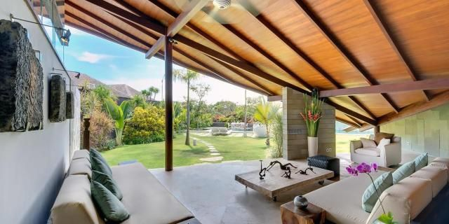 located in the heart od seminyak the layar designer villas and spa is 0 6 mi from seminyak beach and petitenget beach it takes 30 minutes to reach