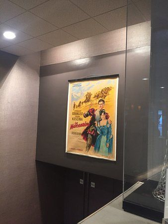 city cinema 123 modern gigantic seats and interesting posters
